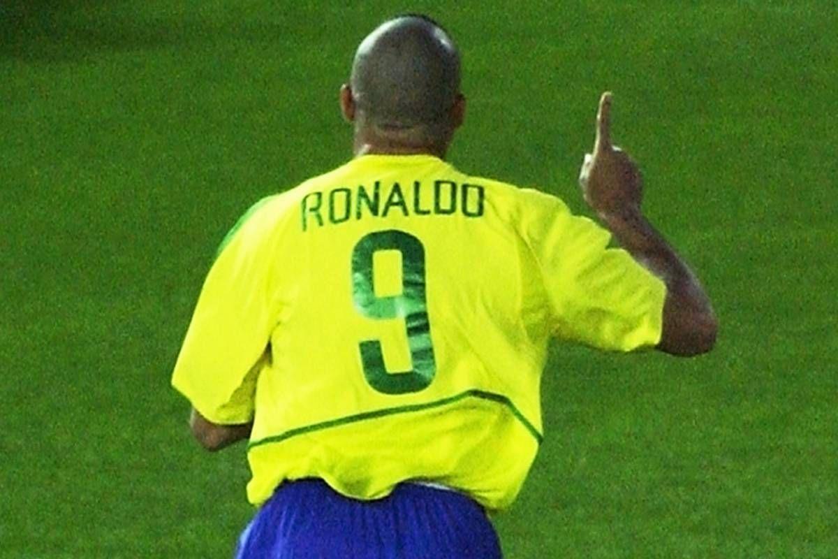 Ronaldo Um Fenomeno 40 Anos Em 40 Atos Ronaldo Ronaldo