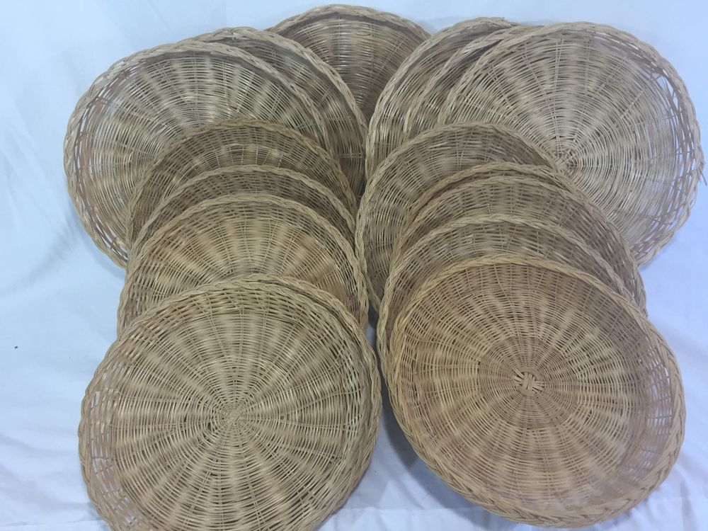 16 Vintage Wicker Straw Rattan Paper Plate Holders Picnic Patio Party C&ing & 16 Vintage Wicker Straw Rattan Paper Plate Holders Picnic Patio ...