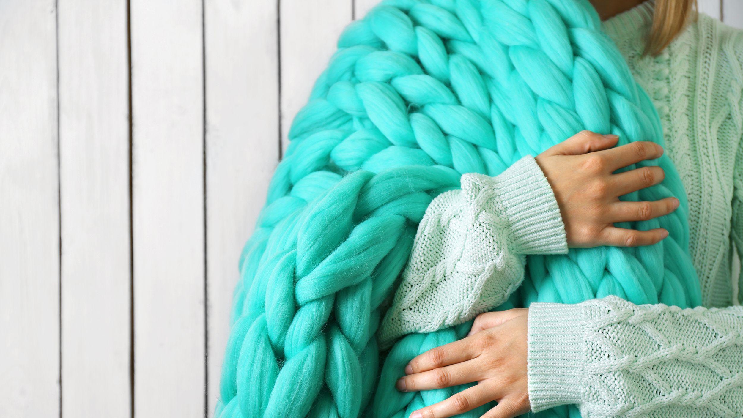 Dark Gray Chunky Knitted Blanket Homemade chunky knitted