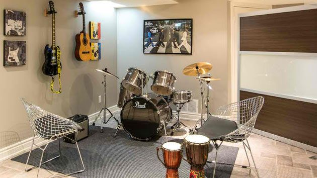 15 Design Ideas For Home Music Rooms And Studios Salas De Musica Em Casa Musica Ambiente De Estudio Design De Quarto Pequeno