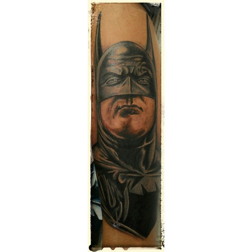 #SUBSOLOTATTOO #TATTOO TATUAGEM #Batman #alexross