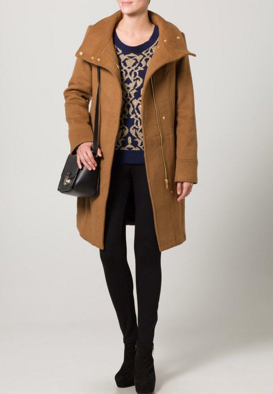 comprar popular d2280 ef07f Un abrigo de paño marrón es apto para cualquier ocasión ...