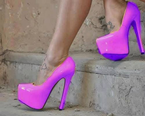Oh My Godddd ! #heels #heelspassion #heelsfashion #heels2013 #heelslove #heelsstyle #neon #summeredition #pink #yaaaay #purple #fushia #formal #party #pink #classy #summerheels #rockitout #mightout #lady #forher #perfect #theone #summer #wantthis #wowww #getmethis #glow #neonpurple