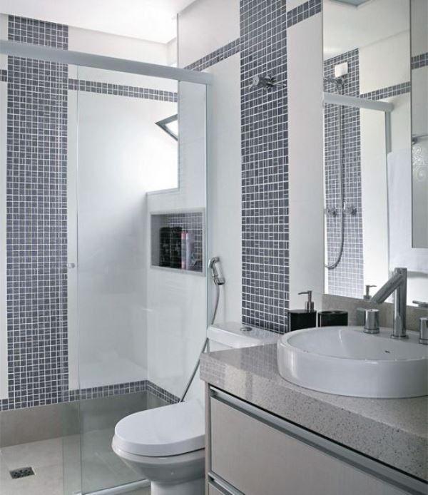 banheiroscompastilhasdevidrodicasfotos33  Ƈɑʂɑʂ ɗє Ɓαɳԋσ  Pinterest -> Banheiro Cim Pastilha
