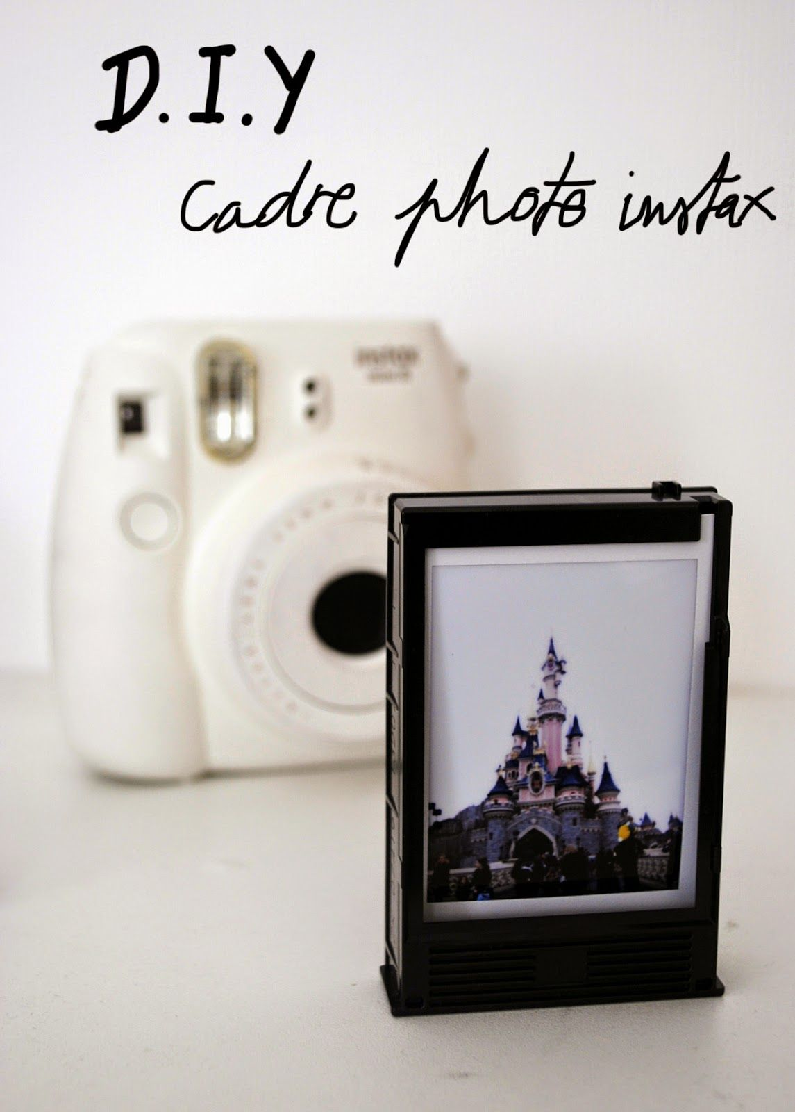 diy cadre photo instax mini 8 instax mini id es pinterest cadre photo minis and polaroid. Black Bedroom Furniture Sets. Home Design Ideas