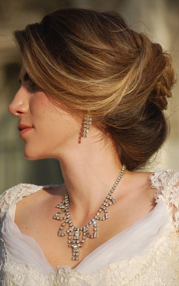 20 Wedding Hairstyles For Round Faces Ideas Hair Pinterest