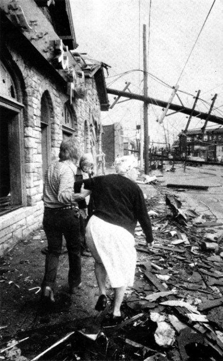1974 Tornado Lentinis Restaurant 1534 Bardstown Rd Louisville Ky