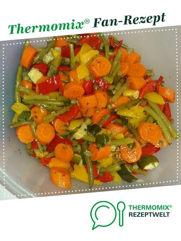 Photo of vegetable salad