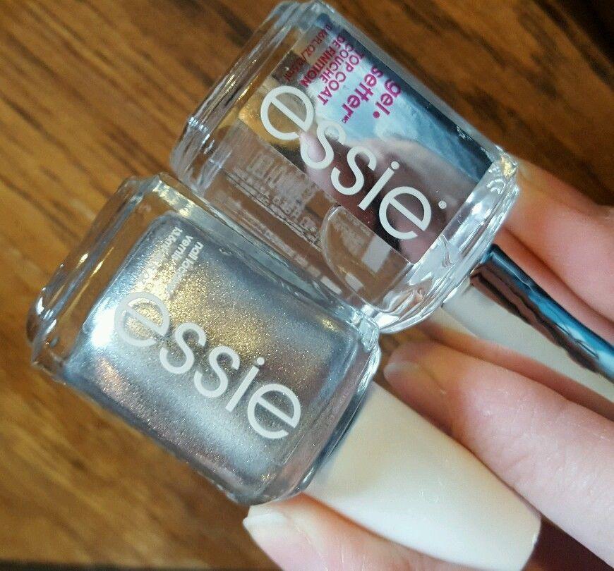 Essie Nail Polish Lot APRES-CHIC & GEL SETTER #Essie | For sale ...