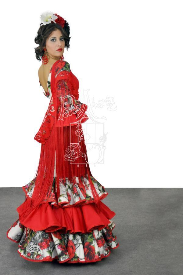 af3bb24fd Paco Álvarez, firma emblemática dentro de la venta de trajes de ...