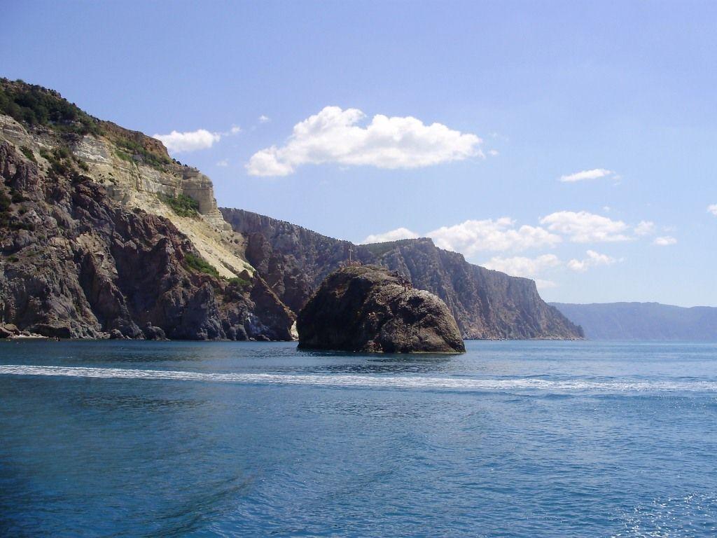 Fiolent, Sevastopol. Great rocks and views!