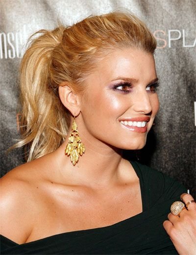 Beautiful Jessica Simpson Love Her Hair Up As Well Jessica Simpson Hair Dressy Ponytail Hair Styles