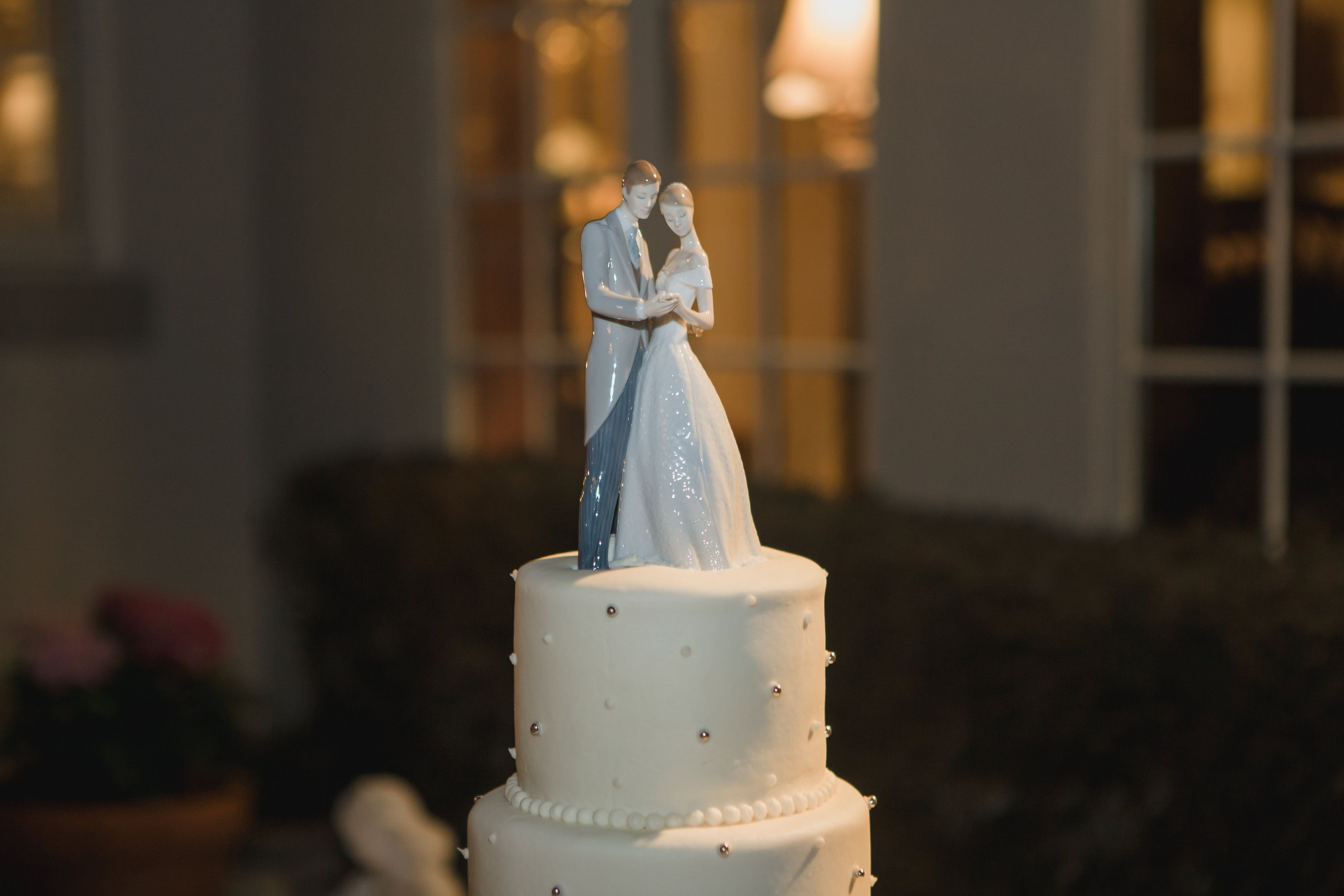 Lladro cake topper