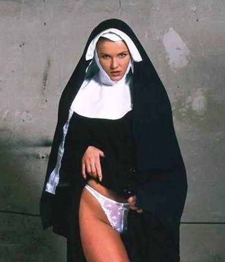 nun-fake-nude-photos-guys-pissing-themselves-stories