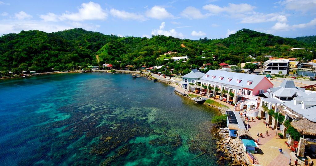 Port of roatan royal caribbean cruise ship port roatan honduras tourism travel pinterest - Centre d imagerie medicale port royal ...