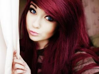 Love The Red Hair W Her Blue Eyes Hair Color Dark Red Hair Hair Color Trends