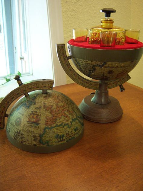 Globe Bar,old World Globe,decanter,shot Glasses,bar Ware,display