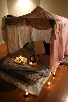 Cute ideas for date night at home.