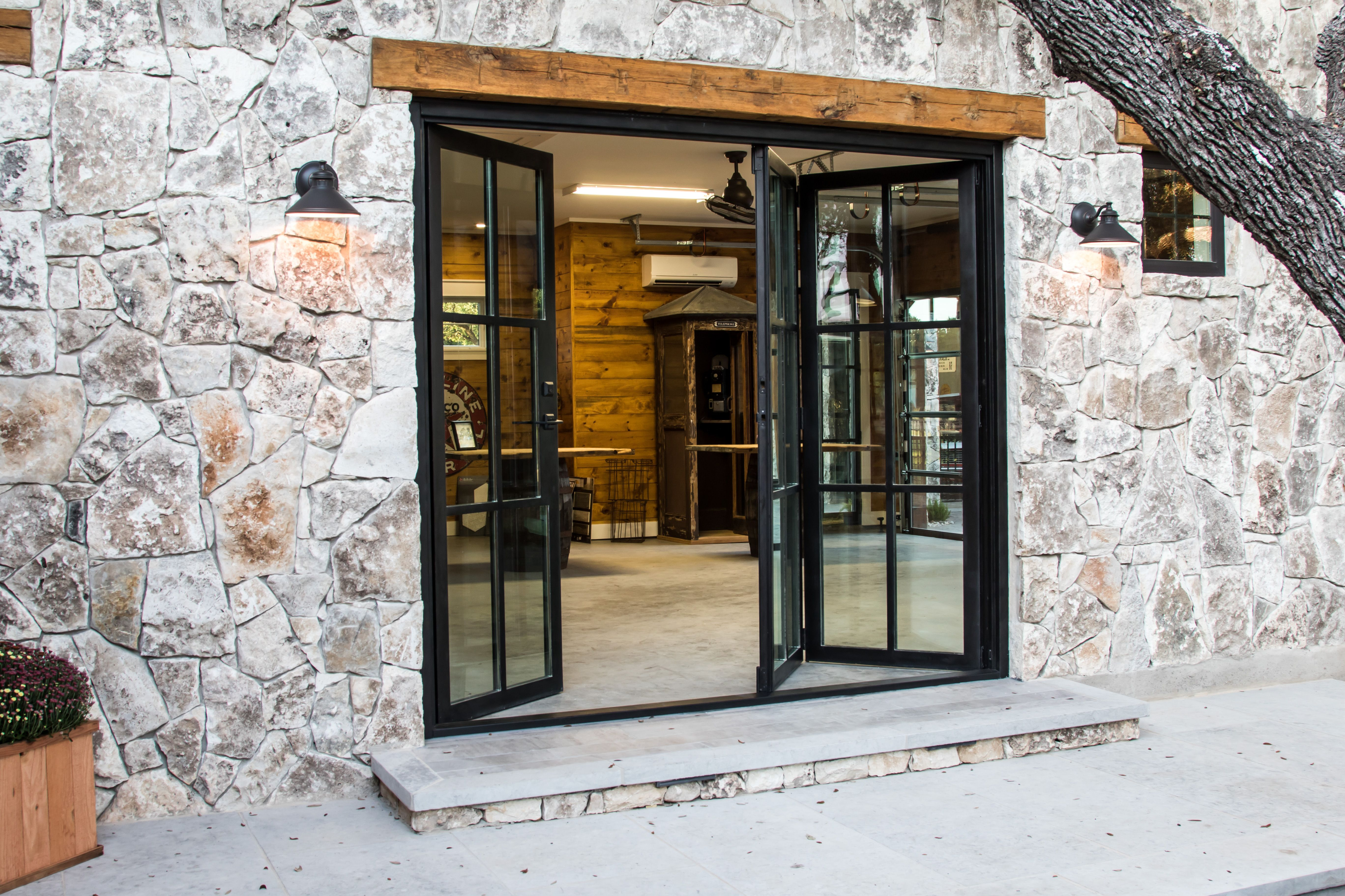 Cantera Doors creates beautiful designs for steel windows and doors to enhance the beauty and luxury of your property in Texas \u0026 Florida. & Pin by Ariel Noelle Interiors on Windows Doors and Trim ...