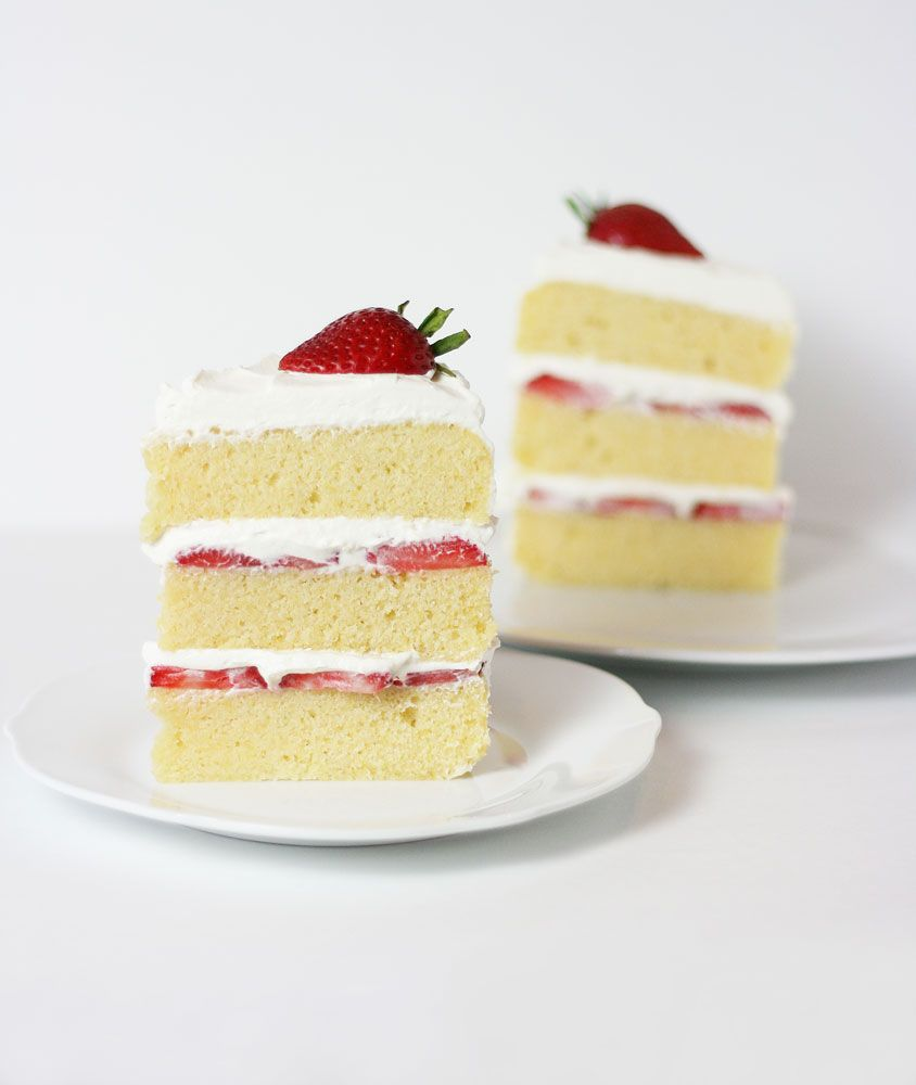 Lemon Cornmeal Cake With Strawberries And Cream Filling Cake Paper