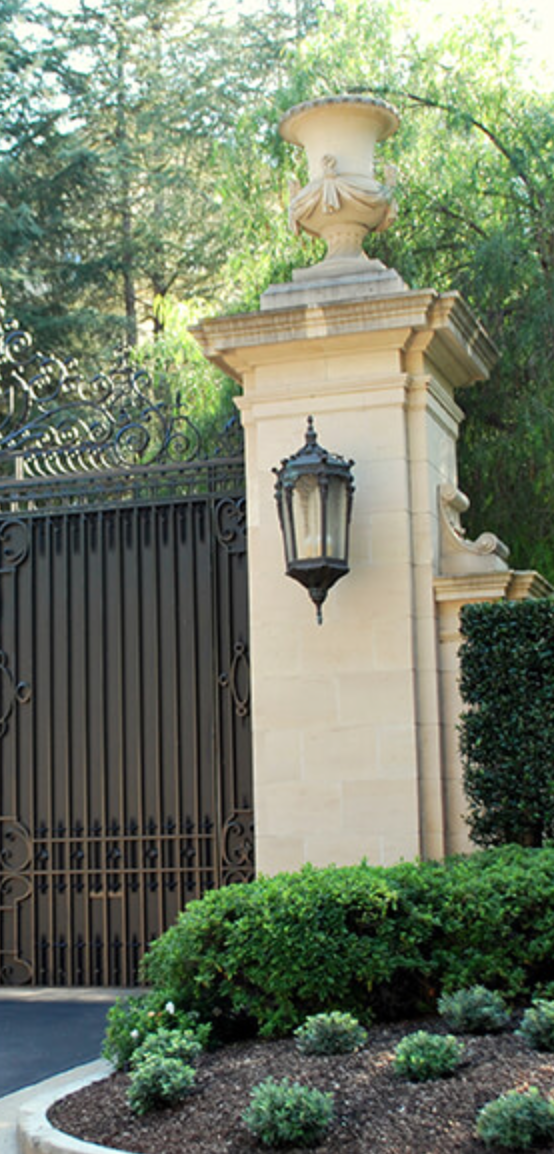 Green Amp White Landscaping Estate Gates Entrance Gates