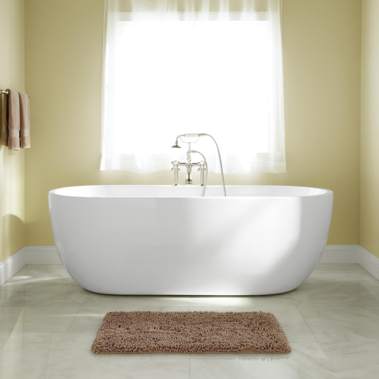 Rotunda Tub And Shower Set 5 With Curved Single Hole Sink Faucet