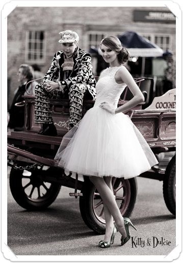 Pearly Queen kittyanddulcie.com