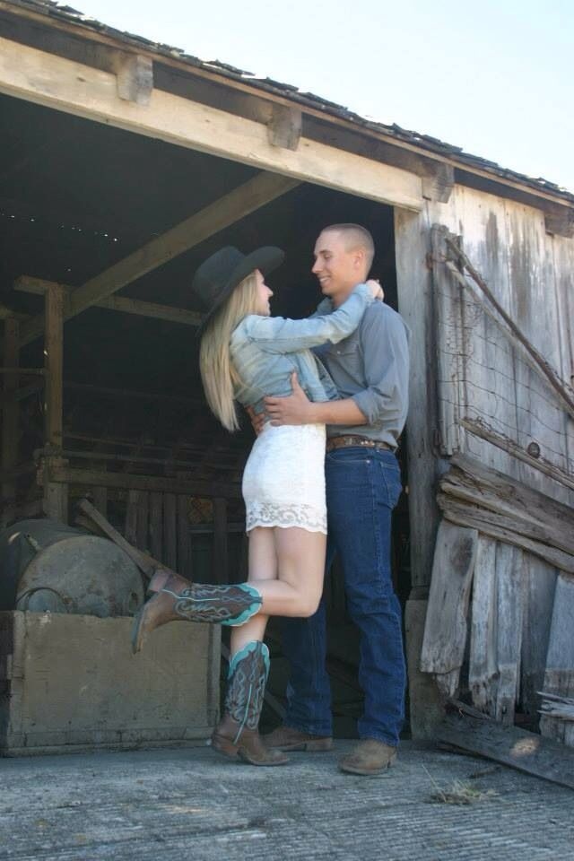 Country Couple Photography Yes This Is Me Karina And My