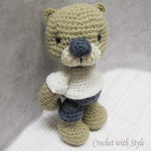 **Pippen the Bear Crochet Pattern** Pippen is a fun little bear. He is so full of cuteness! He loves to cuddle and brighten up your day. He is sure to bring a smile and a hug or two from those he comes across.