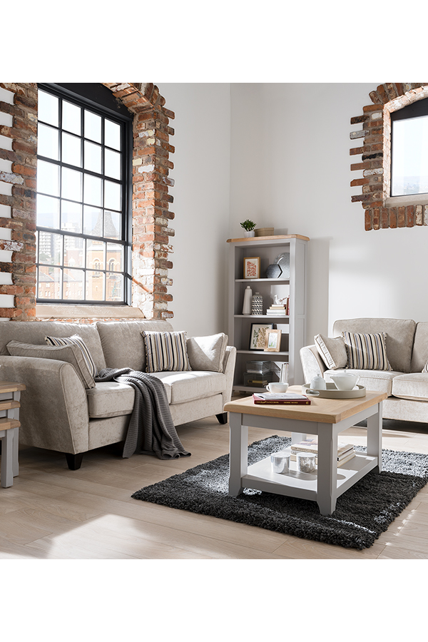 set includes 1 sofa and 4 cushions  traditional design