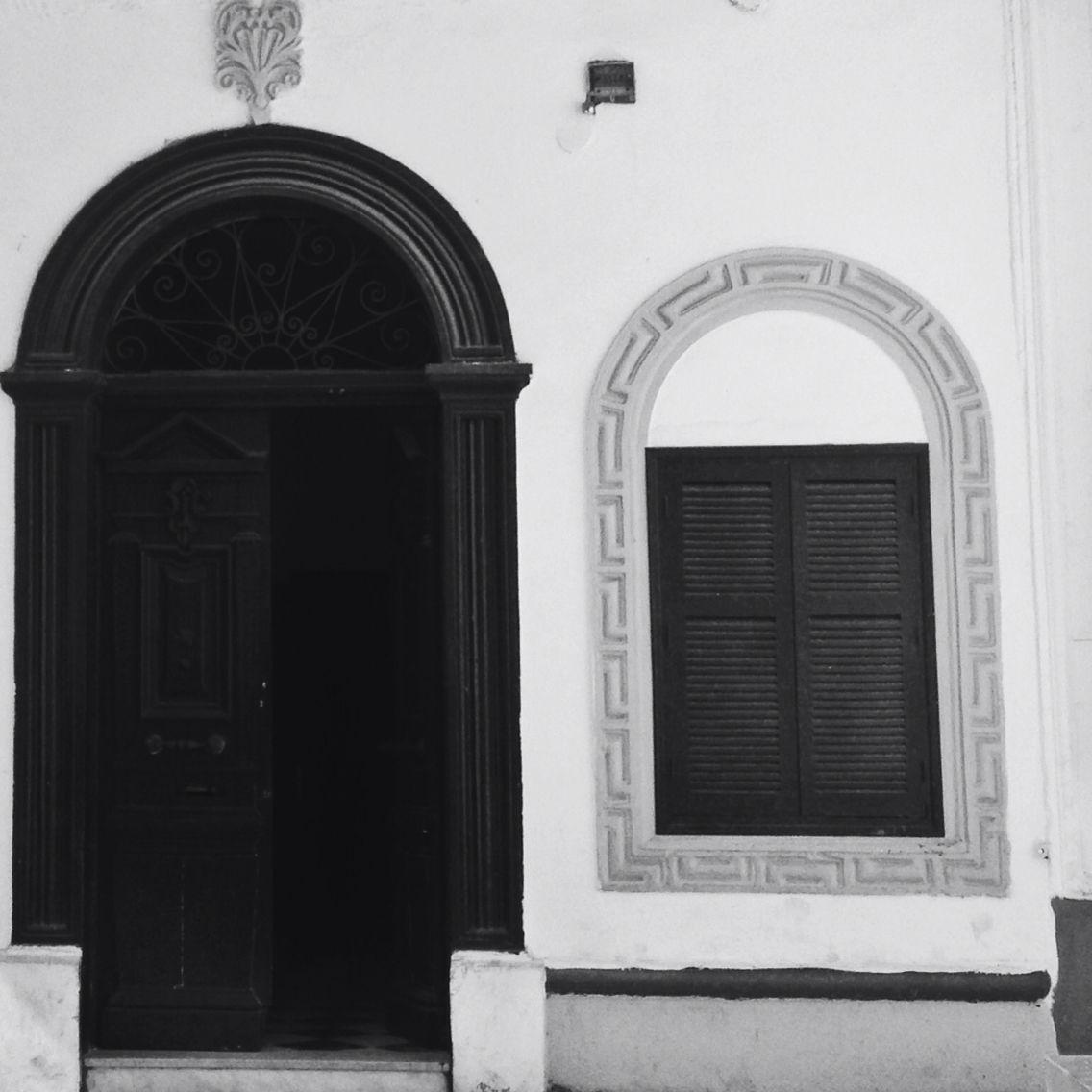 #BLACK #WHITE #iphonephotography #vscogrids #vscogood #vscocam #vsco #vscodaily #vsconature#bird #cigone#vscodaily #vscocam #instagood#huntgram#iphone5 #iphone #iphoneonly #africa #everydayafrica#photooftheday#street #sky#shot #justgotshot#morocco #vscomorocco #thecreatorclass #minimalist #streemag #explorers #iphonephoto #iphonephotography