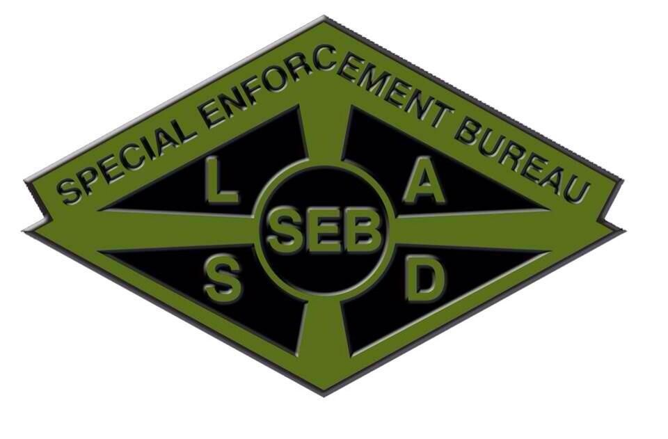 Seb Seblasd On Twitter Police Call Rescue Team County Sheriffs
