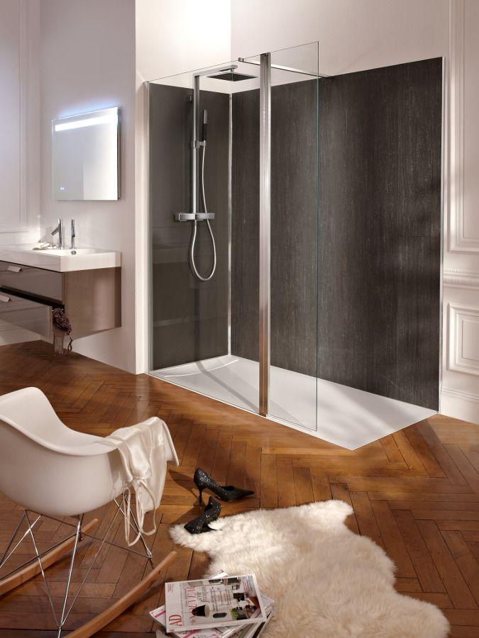 La robinetterie dans une douche � l'italienne