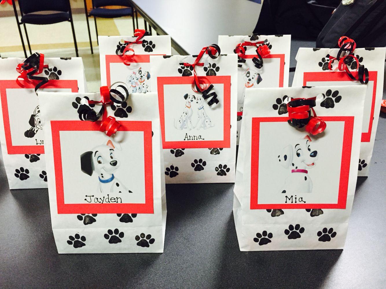101 Dalmatians Birthday Party Treat Bags Birthday Party Treat Bags Birthday Party Treats Dalmatian Party
