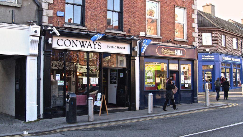 Conway's Blackrock, Dublin Public house, Local pubs