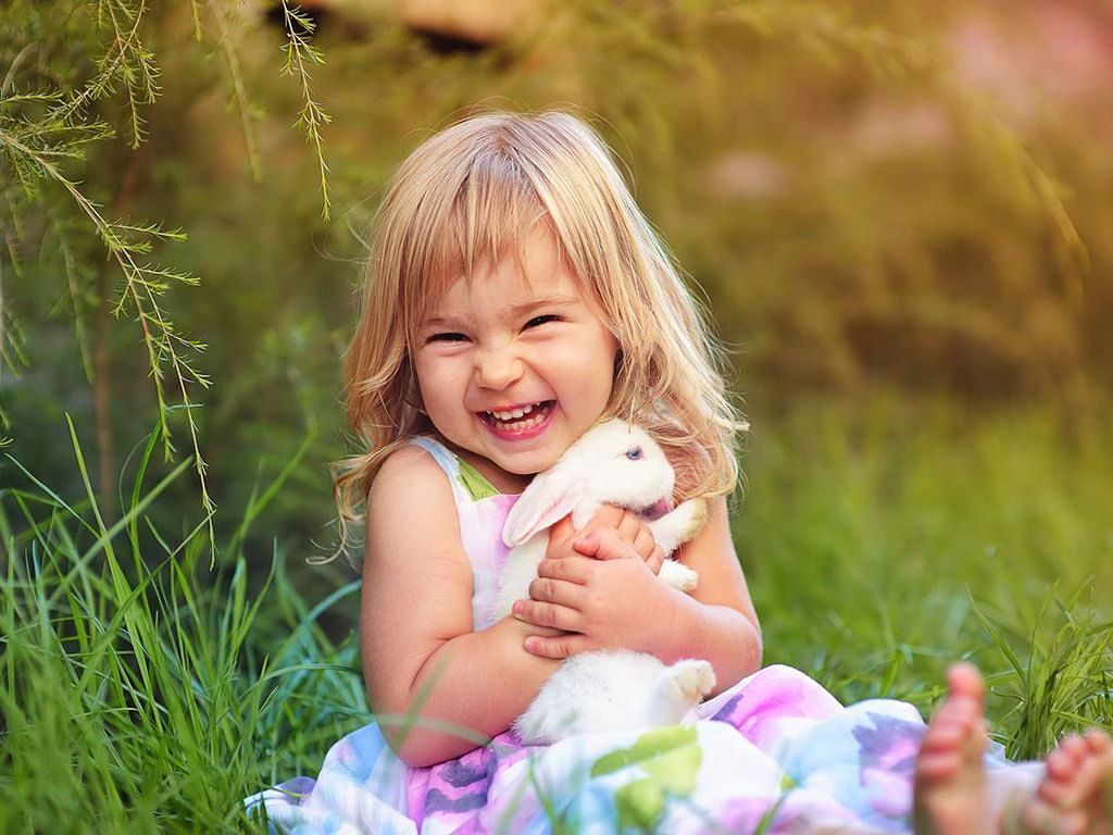 7 Games That Teach Kindness Marvelmama Cute Girl Wallpaper Baby Images Cute Wallpapers