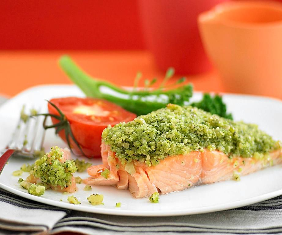 pesto crusted salmon with tomato and broccolini crusted salmon recipes seafood dinner pinterest