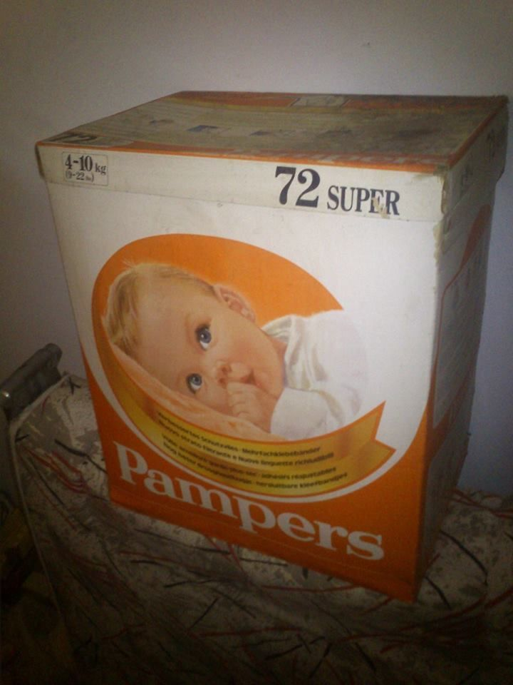 1 diaper Vintage Pampers Diapers 1960/'s Daytime Plastic 11lbs /& up Hard to Find