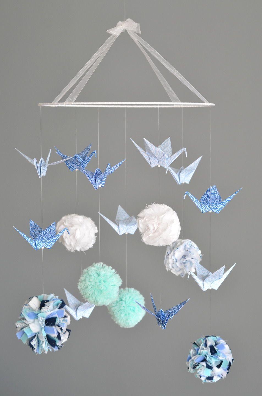 mobile pompons tissu laine liberty et grues en origami mod le d pos pu riculture par. Black Bedroom Furniture Sets. Home Design Ideas