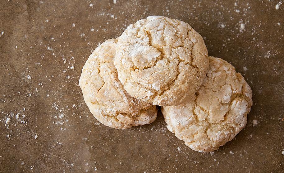 French Vanilla Crinkle Cookies | Crinkle cookies, Crinkle cookies recipe,  Crinkle cookies cake mix