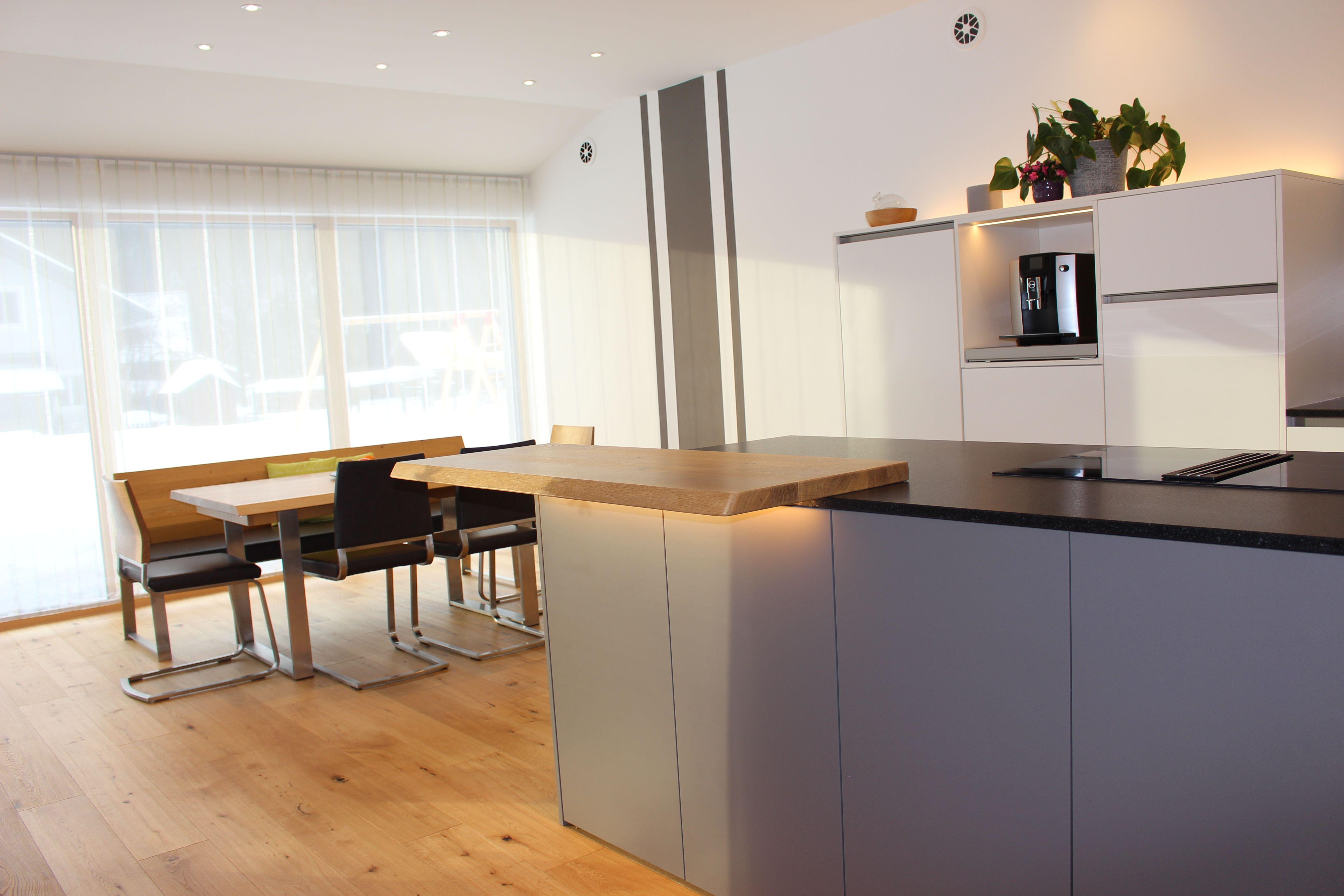 ewe Küche Vida 01 weiß matt mit quarz kombiniert von JACHS