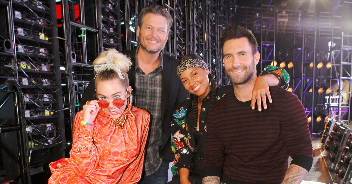 'The Voice' Recap: Eight Singers Get Sent Home in Whirlwind Live Playoffs — and Twitter Isn't Happy