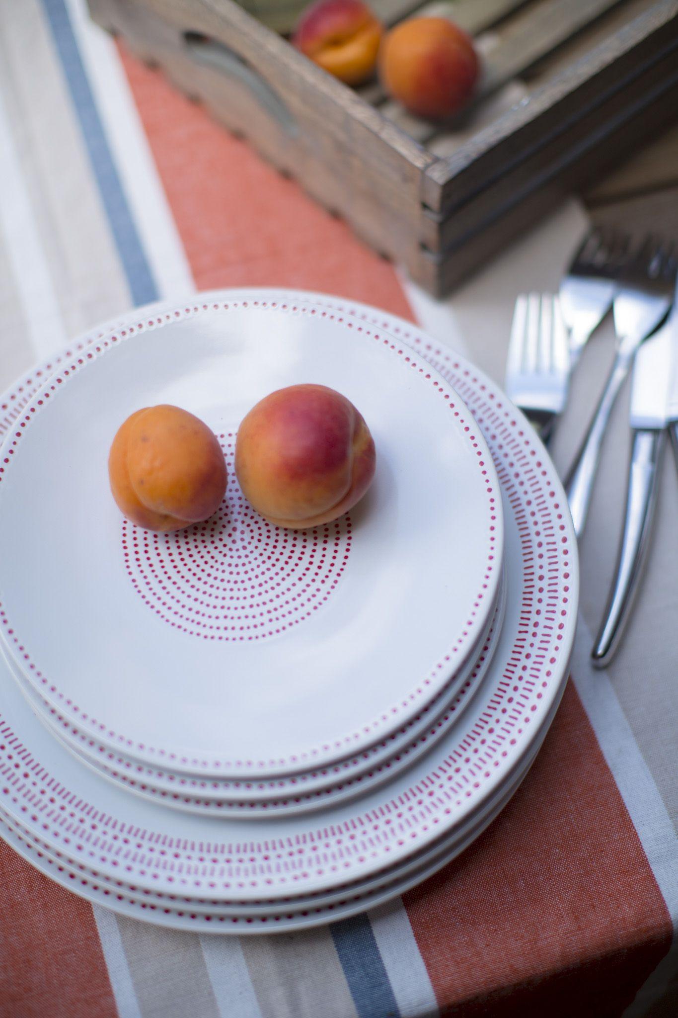 Balcon campagne. Assiette Rice en grès. Dim. Ø 21 cm. Assiette à dessert ou plate. Plusieurs tailles et motifs au choix. 225640