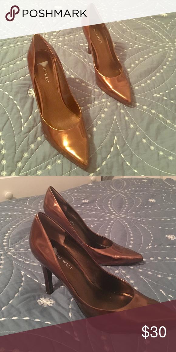 Nine west bronze colored shoes