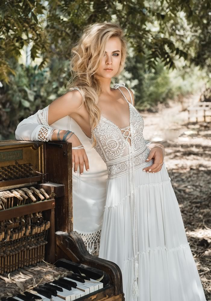 10 bohemian wedding dresses brides will love for 2017 Ideas
