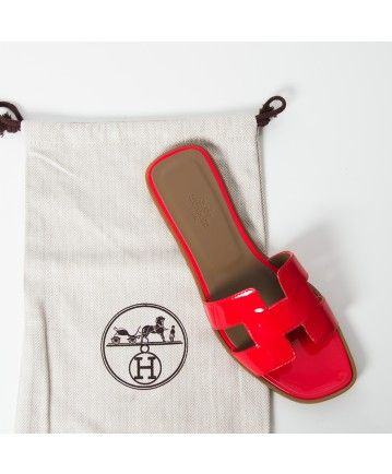 9257689ab2378 Hermès coral red patent leather oran sandal dust bag authentic designer  vintage secondhand labellov webshop safe