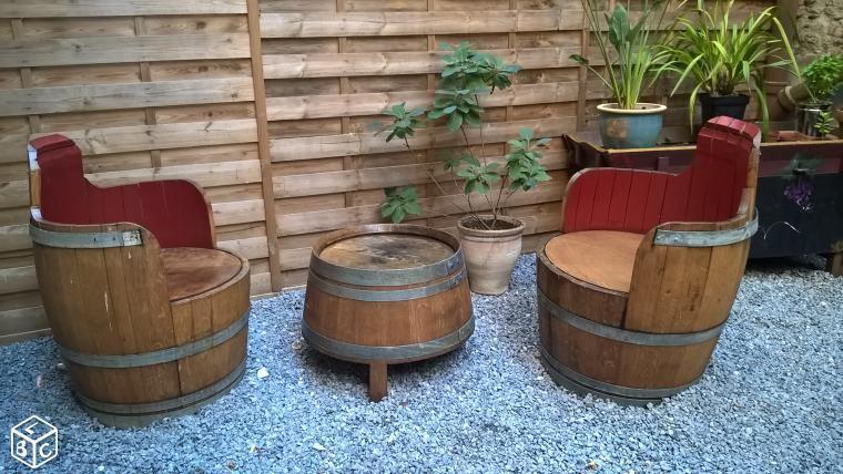 salon en tonneaux de ch ne jardin. Black Bedroom Furniture Sets. Home Design Ideas