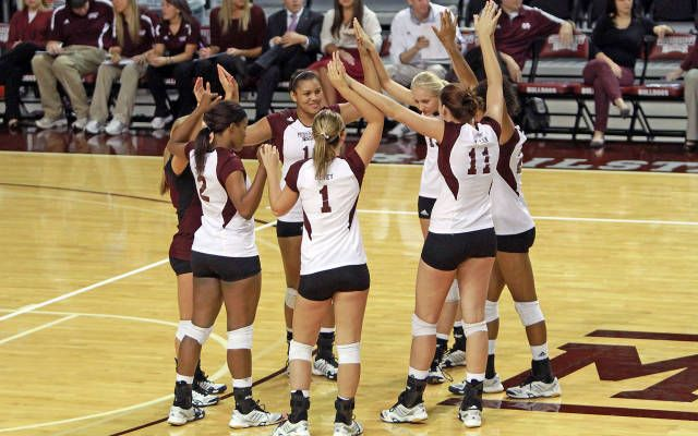 This Team Is Going Through A Very Difficult Time But They Haven T Let One Teammate Get Them Down They Sportsmanship Mississippi State University Volleyball