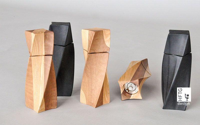 Ein Wettbewerb der HFTG Techniker Kleinmöbel aus Restholz zu entwerfen.