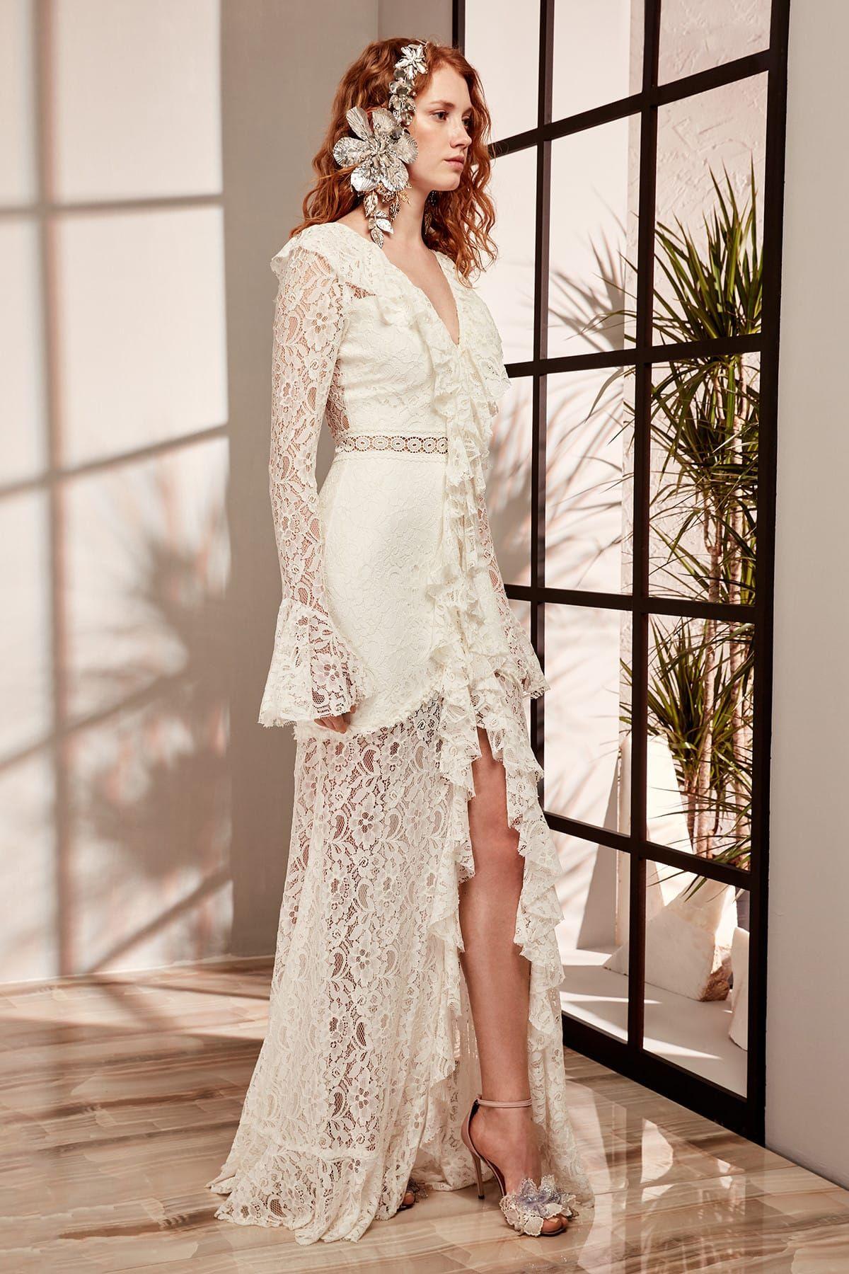 Claire Ekru Fermuar Detayli Abiye Elbise Tdpss19de0024 Raisa Vanessa Trendyol Dantel Gelinlik Elbise The Dress